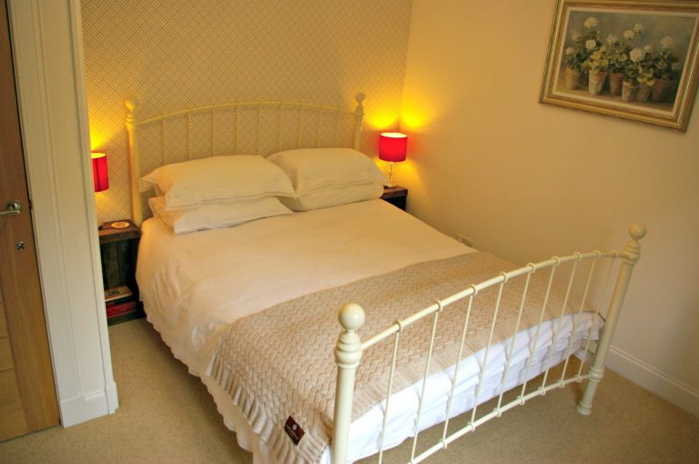 Carron king size bedroom at Ceol Mor B&B